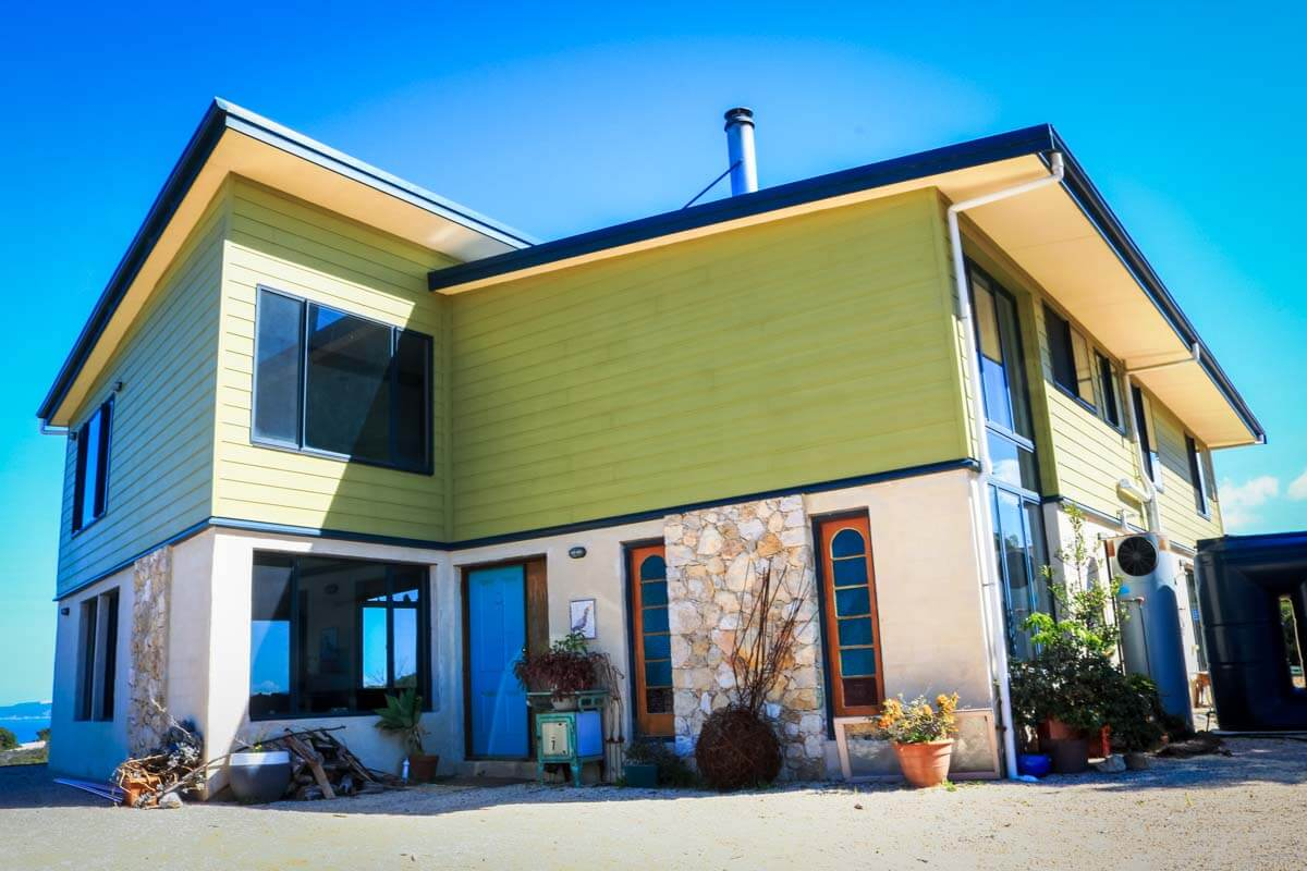 Blossoms - Accommodation in Bremer Bay - 55 Gneiss Hill Road