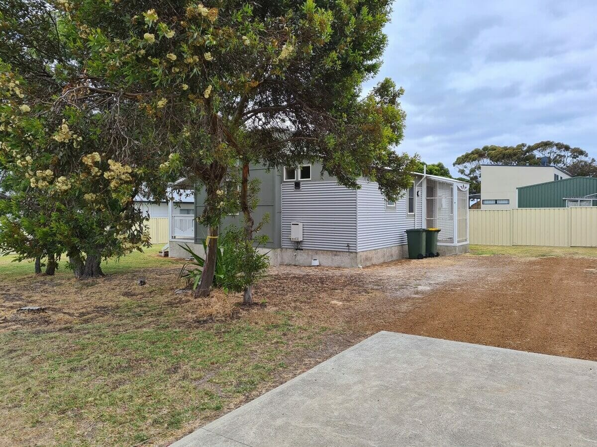 The Bay Cottage - Accommodation in Bremer Bay - 9 Roderick Street