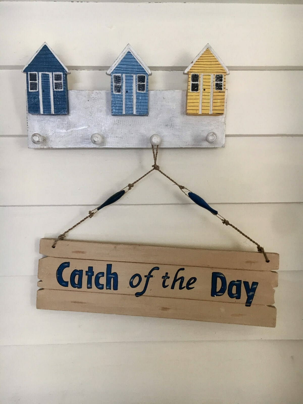 Weekender - Accommodation in Bremer Bay - 21 Barbara Street. Beach decor throughout the house