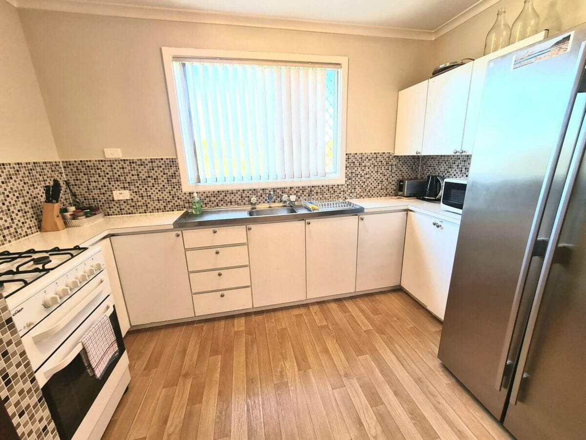 Mick's Pad - Accommodation in Bremer Bay - 23 Barbara Street - Kitchen