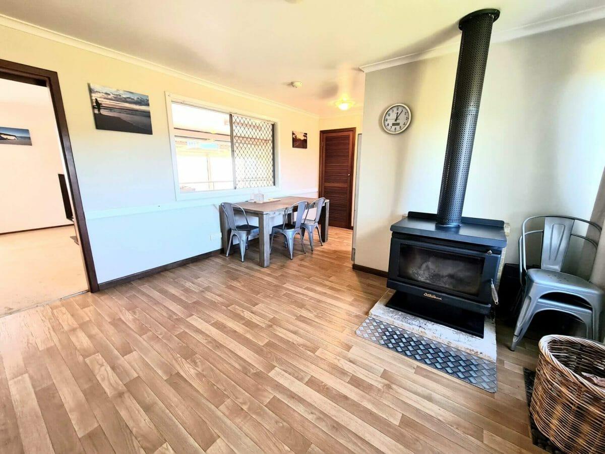 Mick's Pad - Accommodation in Bremer Bay - 23 Barbara Street - Lounge - Fireplace