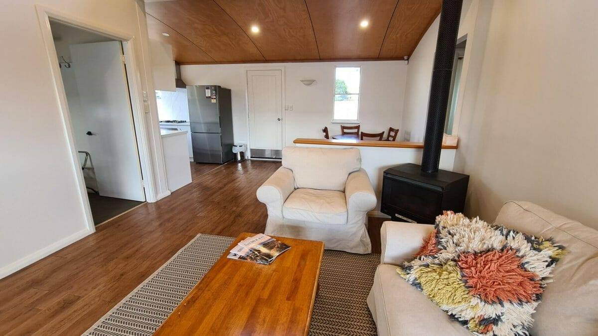 The Bay Cottage - Lounge and Kitchen - Accommodation in Bremer Bay - 9 Roderick Street