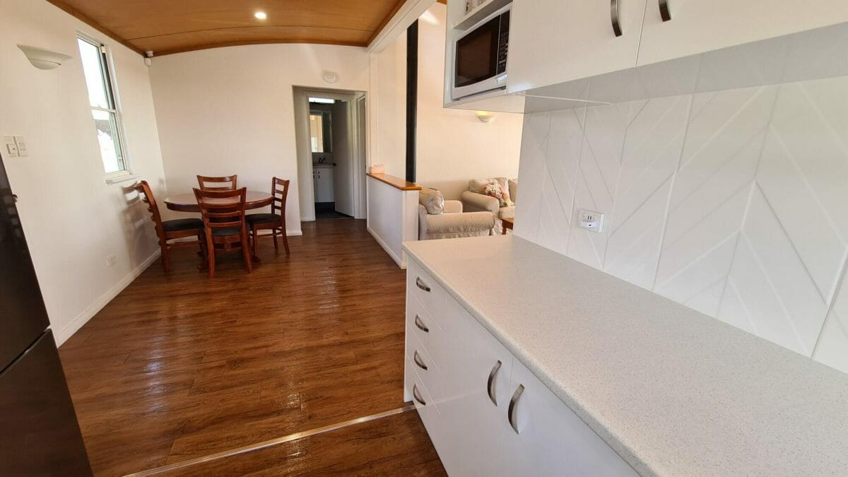 The Bay Cottage - Kitchen - Accommodation in Bremer Bay - 9 Roderick Street